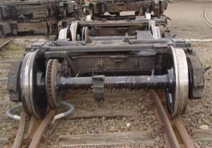 Naváranie nákolkov kolies plneným drôtom INTERWELD F 653